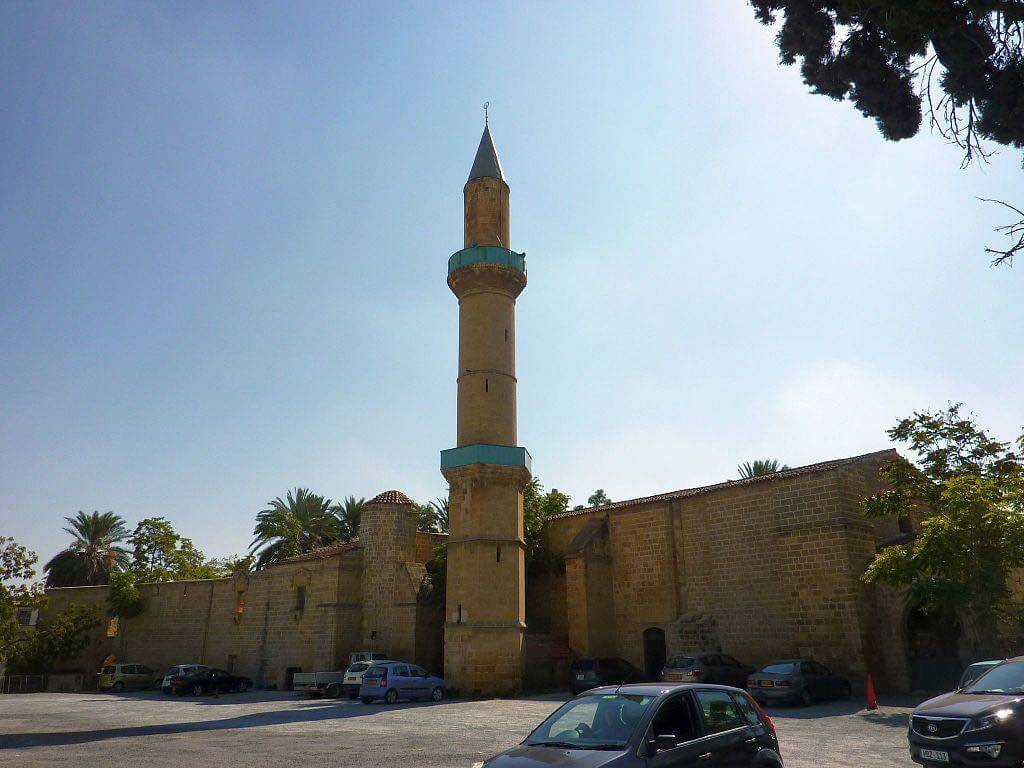 Omeriye Mosque, Nicosia - by Chris06:Wikimedia