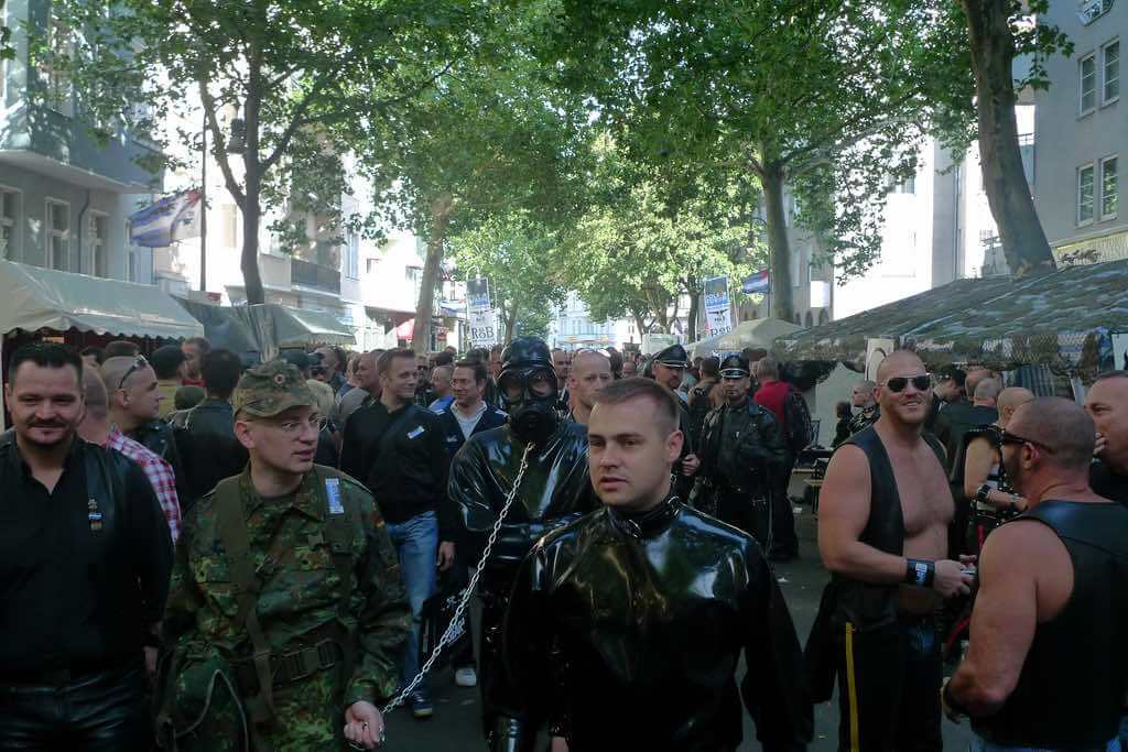 Berlin Folsom Fair - by lilas59:Flickr