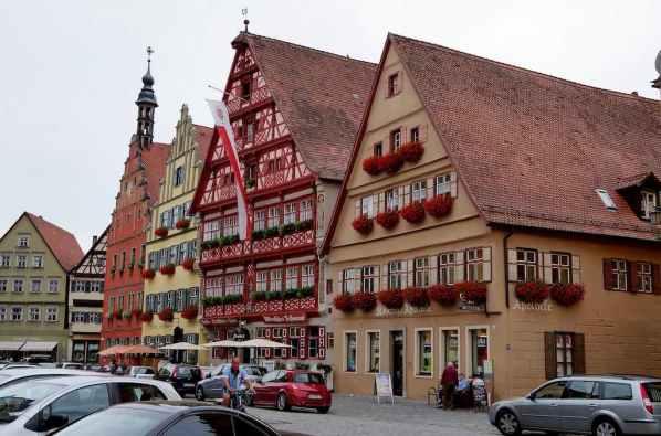Dinkelsbühl, Germany - by Kimba Reimer - kimbareimer:Flickr