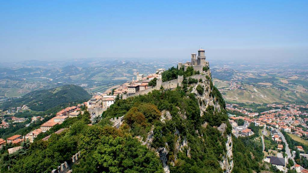 Guaita Fortress, San Marino - by Christoffer Sundby/Flickr