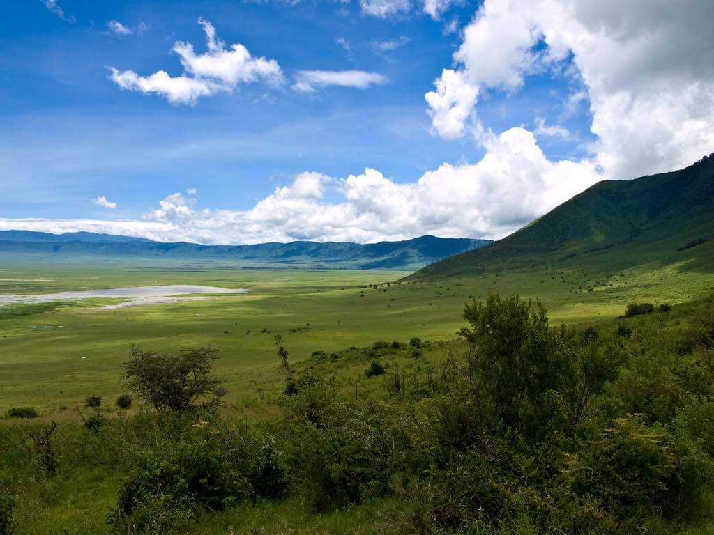 Ngorongoro Crater, Tanzania - by William Warby - wwarby:Flickr