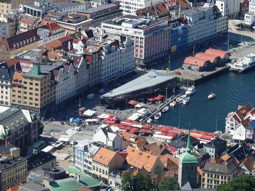 Fish Market, Bergen - by Gerben Jacobs - theonewithout:Flickr