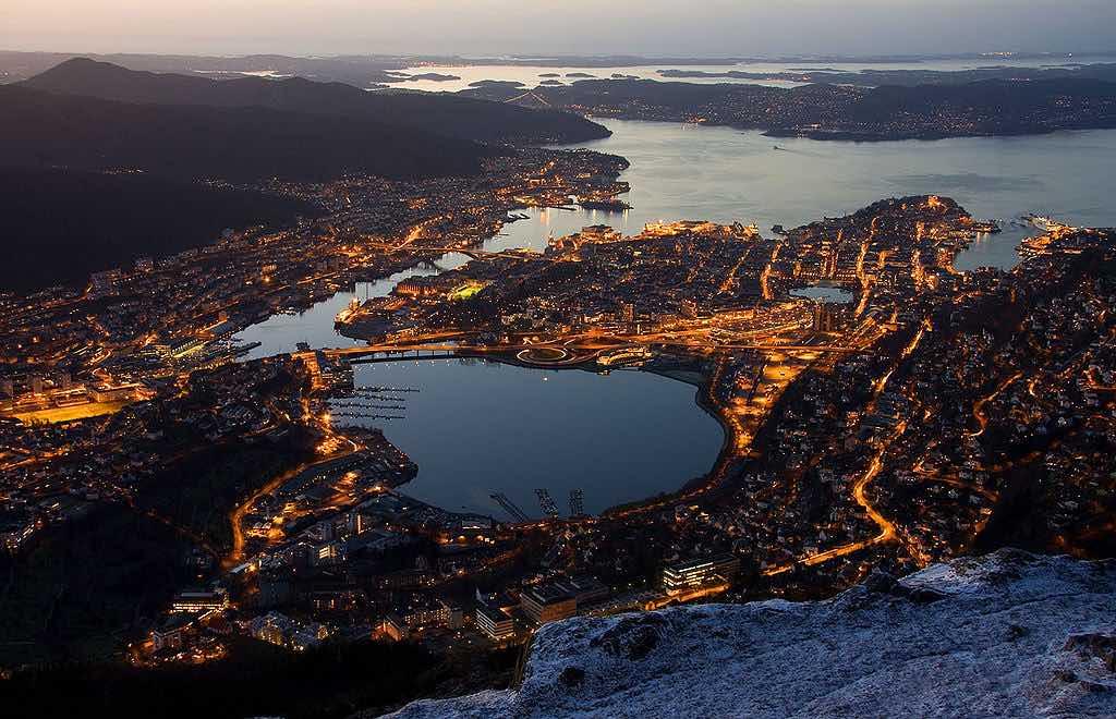 View of Bergen from Mount Ulriken at Night - by Smtunli, Svein-Magne Tunli :Wikimedia