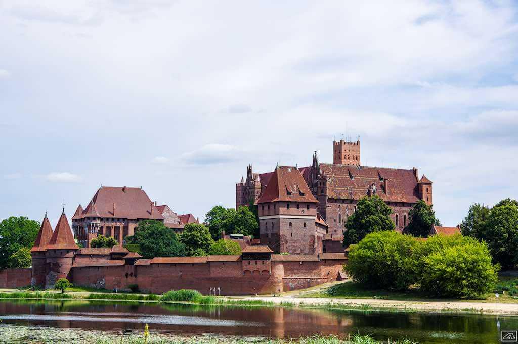 Malbork, Poland - by Wojciech J - Astro PL:Flickr