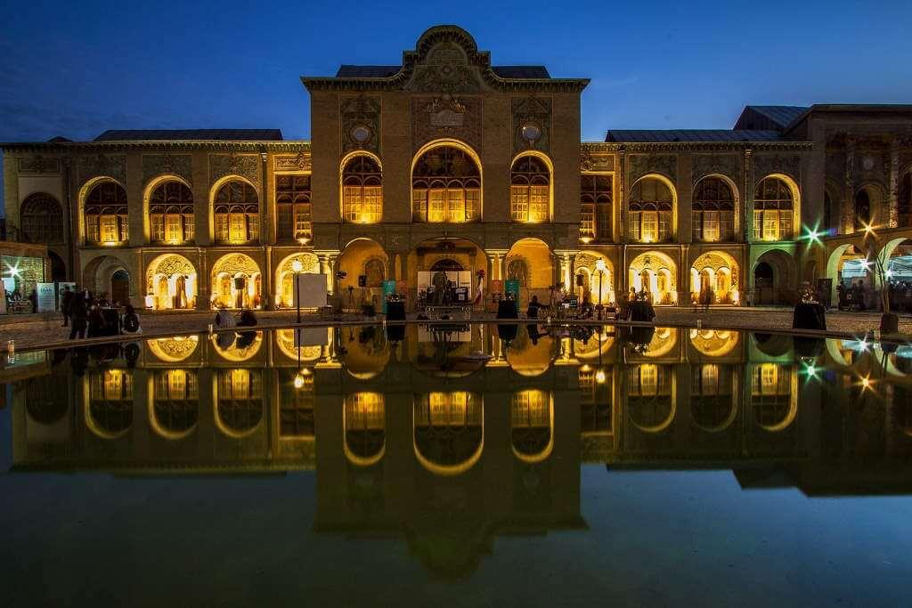 Masoudieh Palace -by Kiantavakoli/Wikipedia.org