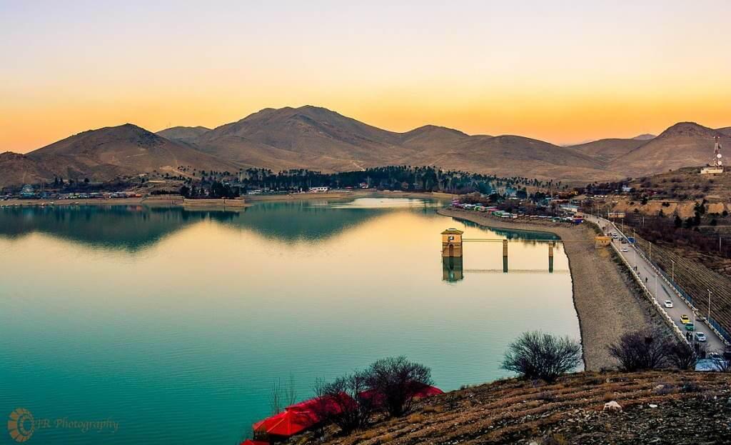 Lake Qargha -by Jawid Rezaie/Wikimedia.org