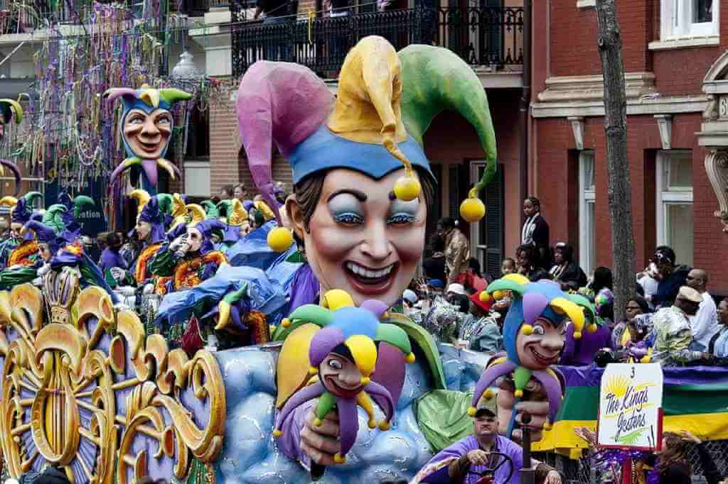 Mardi Gras, United States -by skeeze/Pixabay.com
