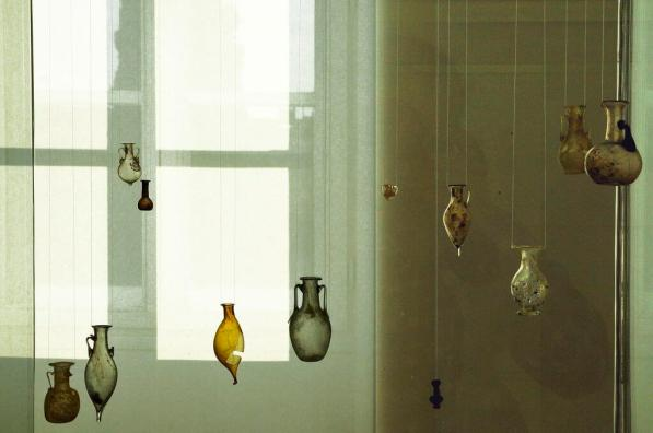 Museum of Ancient Glass -by LBM1948/Wikimedia.org
