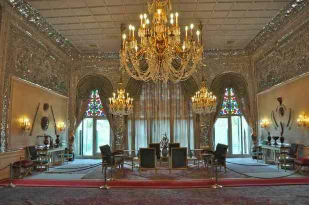 Niavaran Palace Complex -by Babak Farrokhi/Flickr.com