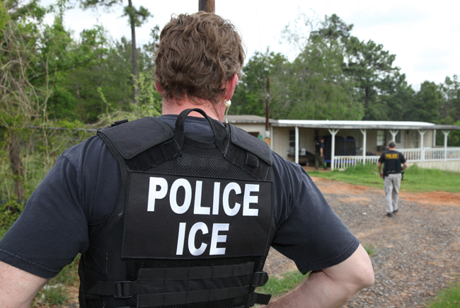 <p>ICE agents arrested 40 criminal aliens in east Texas during a three-day operation in April, 2014.</p>