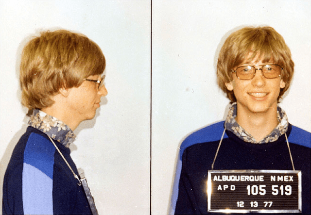 "<p><span style=""font-family: sans-serif;font-size: 12px;line-height: 19.200000762939453px"">Bill Gates was photographed by the Albuquerque, New Mexico police in 1977 after a traffic violation (details of which have been lost over time).</span></p>"