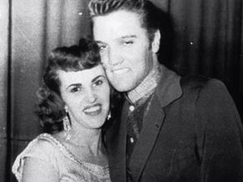 """<p>Wanda Jackson dated Elvis Presley briefly when they toured together in the 50s. Eventually she had a """"right"""" hit and he had a """"left"""" one.</p>"""