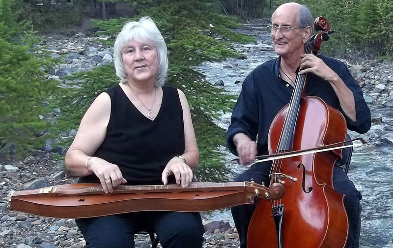 <p>Mountain dulcimer musician Heidi Muller performs with multi-instrumentalist Bob Webb at this year's Colorado Dulcimer Festival.</p>