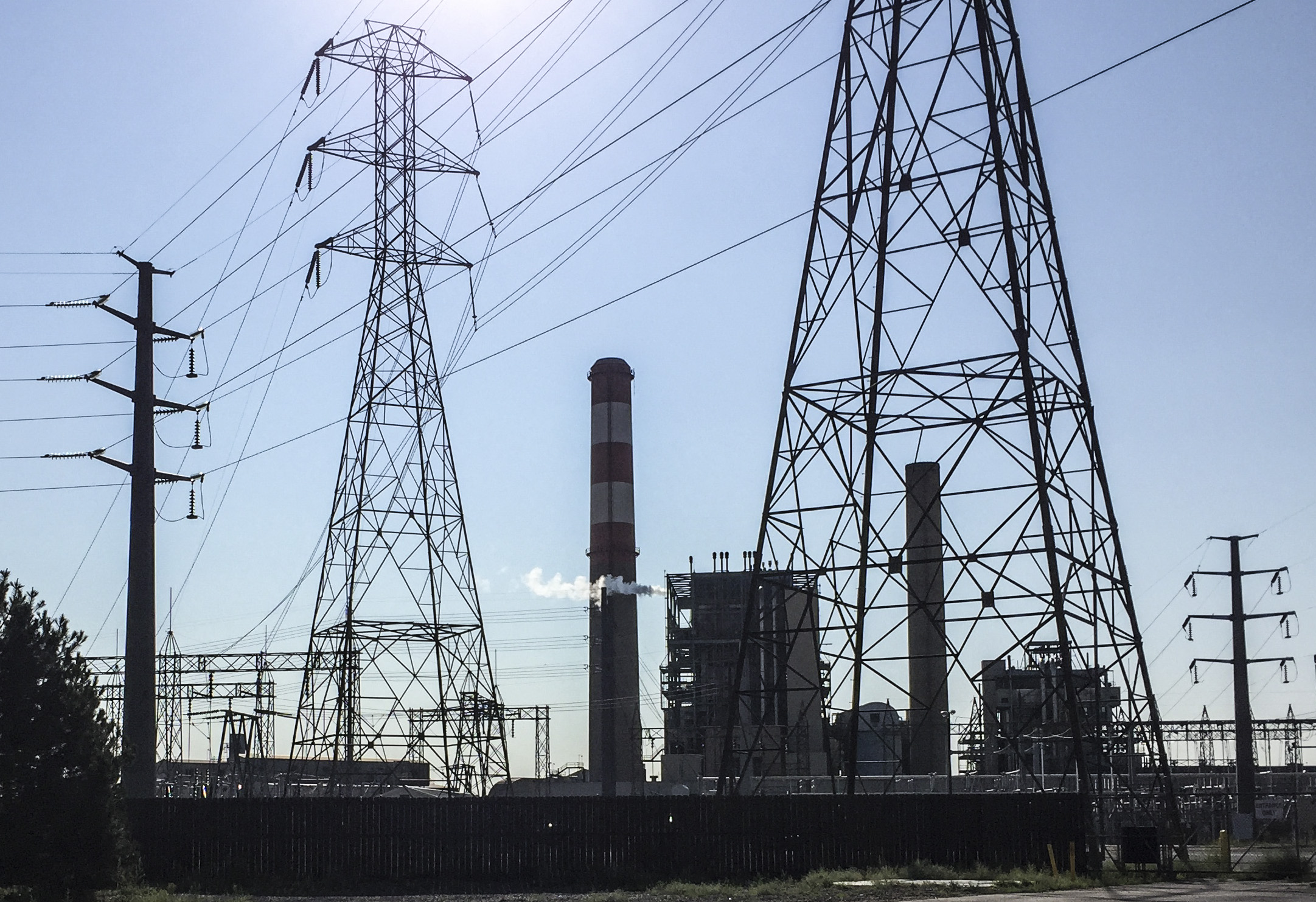 <p>Xcel's Cherokee Generating Station on Aug. 18, 2015.</p>