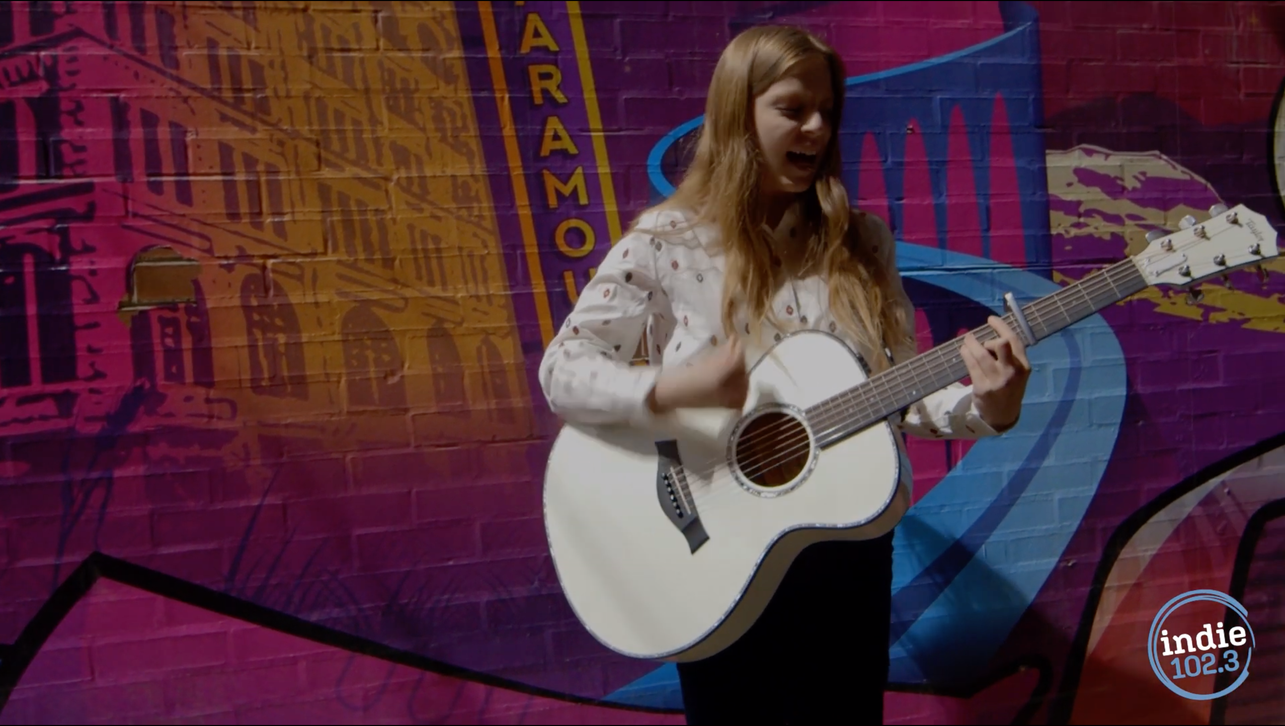 "Jade Bird performs ""I Get No Joy"" in a Denver alley off the 16th Street Mall."