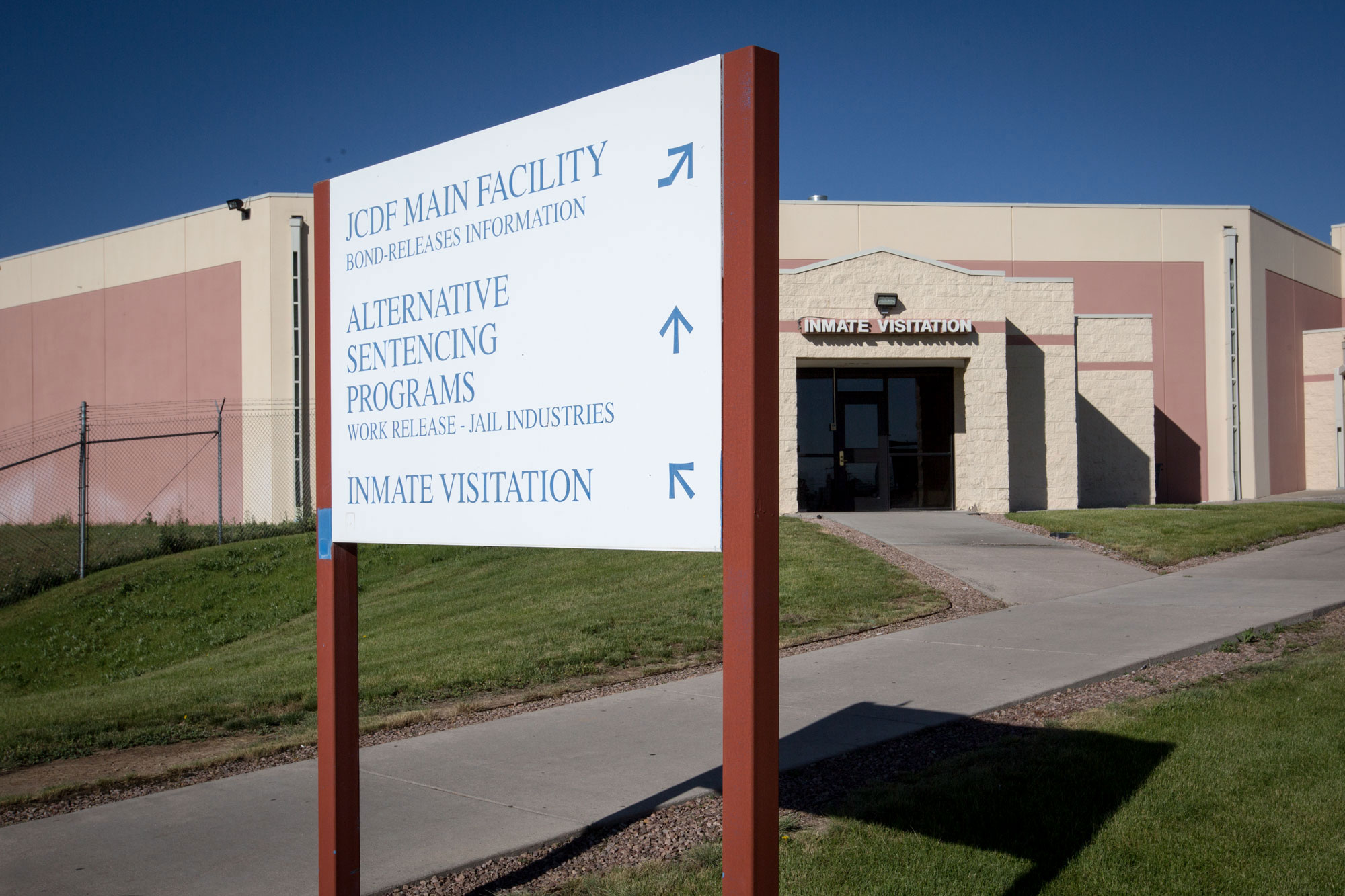 <p>The inmate visitation entrance to the Arapahoe County Dentention Center, June 21, 2019.</p>