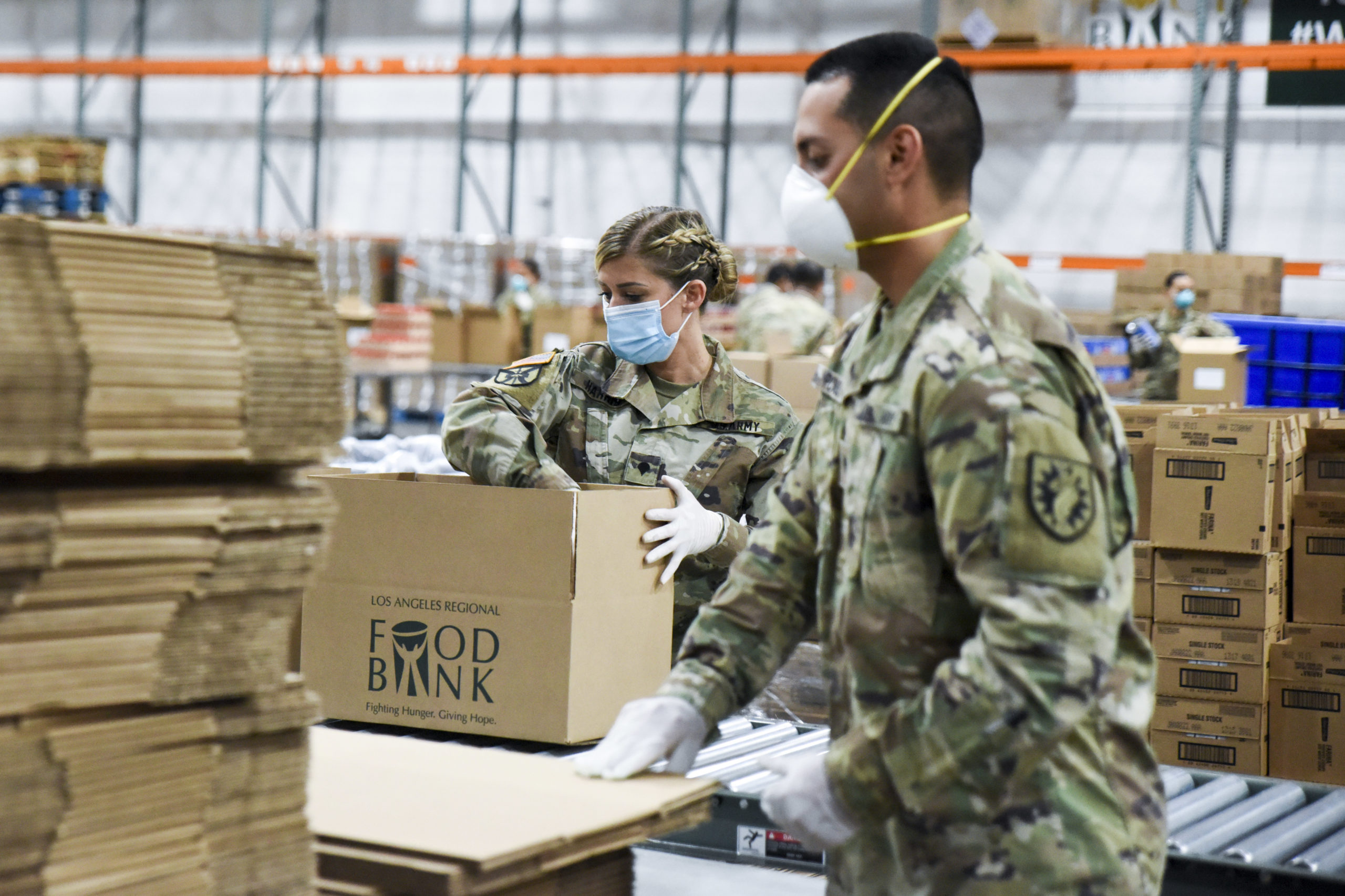 Soldiers assemble emergency kits at LA Regional Food Bank
