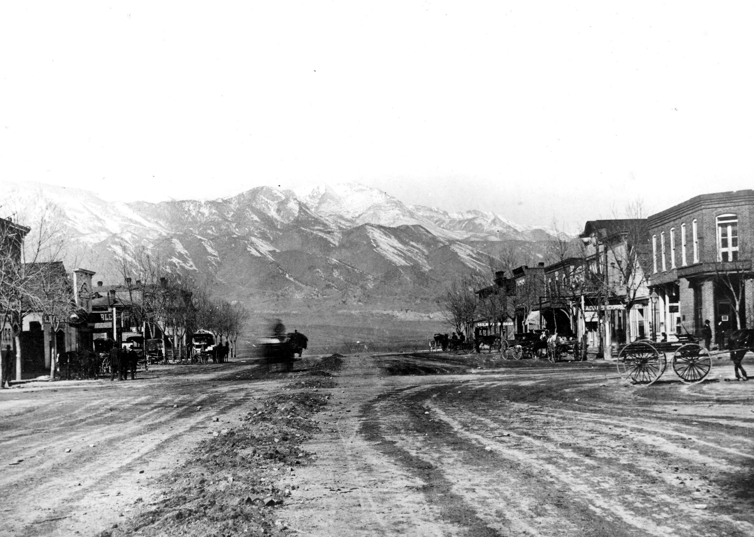 This photograph circa 1875-1880 shows Pikes Peak Avenue before the construction of the first Antler's hotel