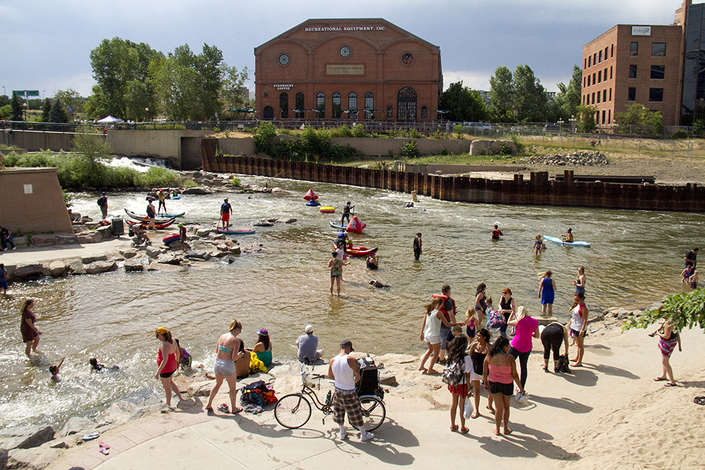 A full beach at Confluence Park during South Platte Riverfest, June 25, 2016. (Kevin J. Beaty/Denverite)  south platte river; south platte riverfest; confluence park; denver; denverite; kevinjbeaty; colorado;