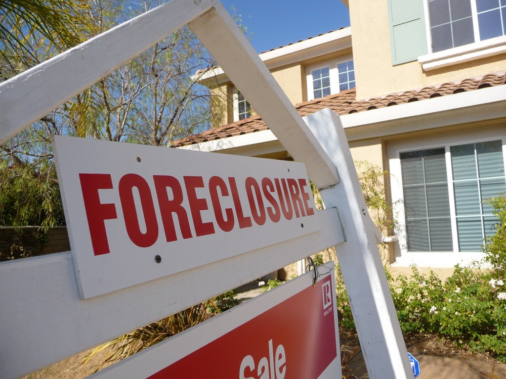 A foreclosure sign. (Jeff Turner/via Flickr/Creative Commons 2.0)  foreclosure; foreclosures; sale sign; real estate;  residential