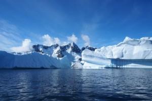 Antarctica (Andreas Kambanis/Flickr)