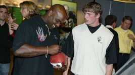 Rashaan Salaam, left, was found dead at a Boulder park Monday. He was 42. (Sandie Gohoc/Flickr)