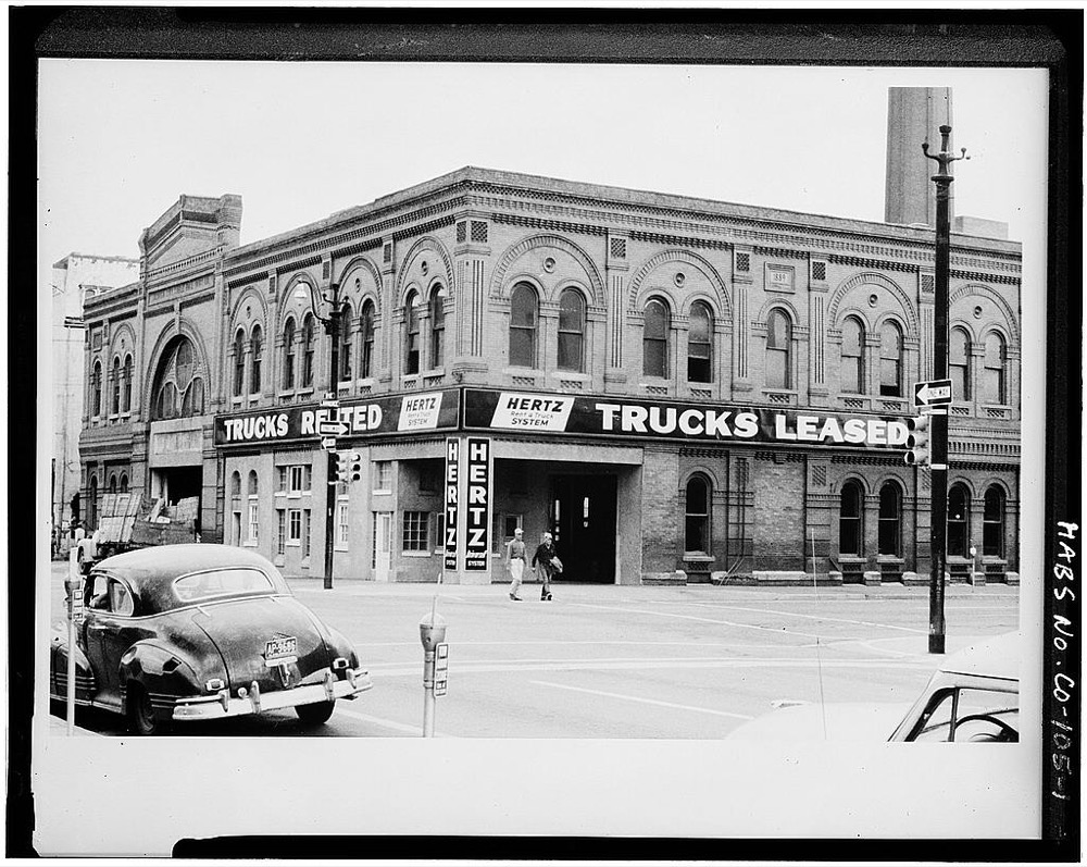 The Denver City Cable Railway Company building at Lawrence and 18th streets. It still stands. (Library of Congress)