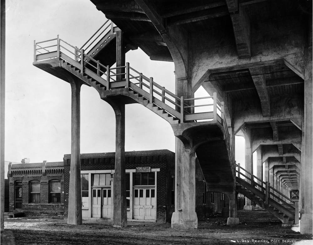The Astrauvar Bet Yakov Congregation had a building beneath the 16th Street Viaduct sometime in the 1920s or '30s. (L.D. Regnier/Western History and Genealogy Department/Denver Public Library)