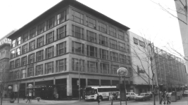 The Neusteter Building along 16th Street. (Courtesy of The National Register of Historic Places)