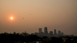 Smoke from western wildfires envelops Denver, Sept. 4, 2017. (Kevin J. Beaty/Denverite)  wildfire; denver; colorado; kevinjbeaty; denverite; haze; weather; cowx; cityscape; skyline;