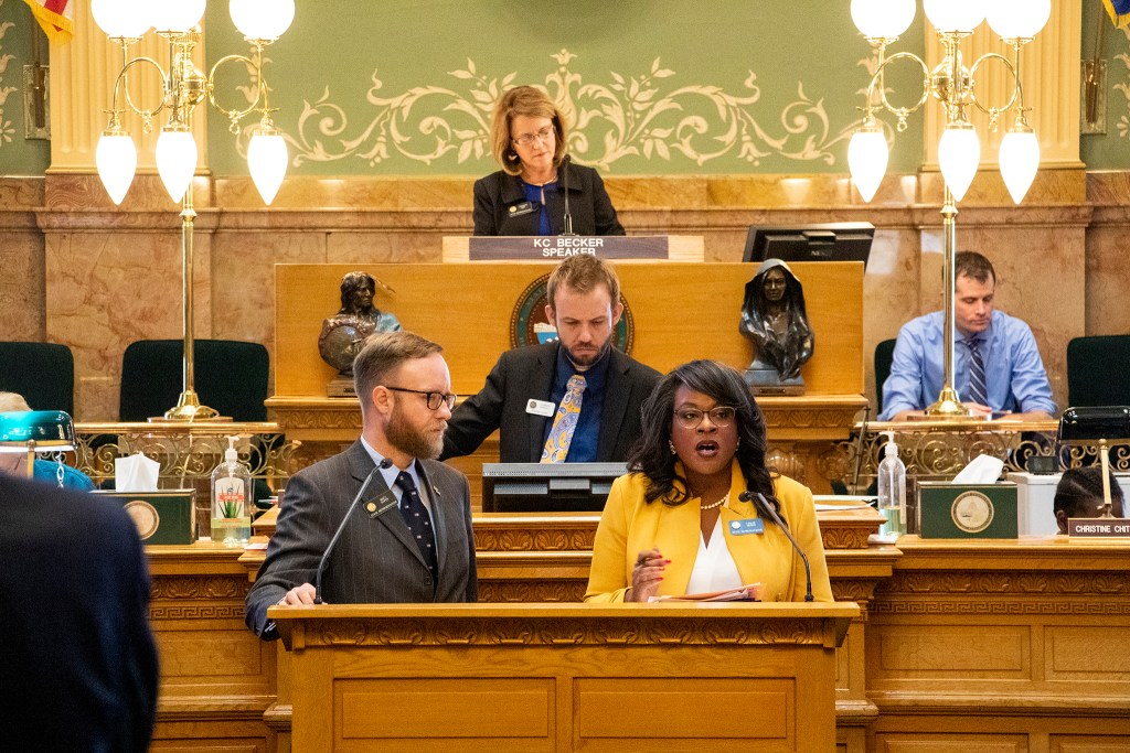 Reps. Leslie Herod and Matt Soper make the case for their bond reform measure before the state House, April 19, 2019. (Kevin J. Beaty/Denverite)