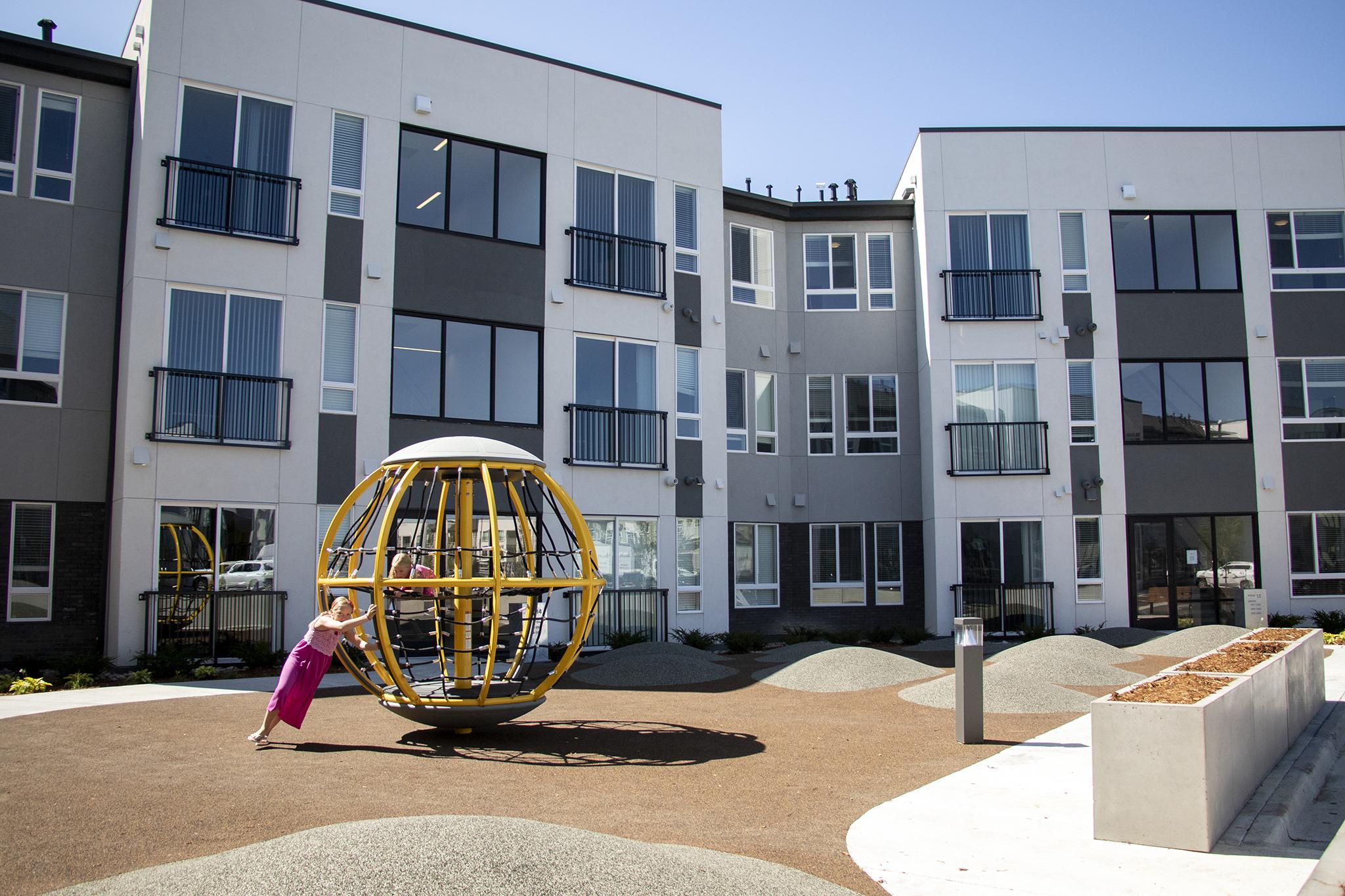 Moline Development Provides 180 Below Market Rate Apartments In Stapleton Denverite The Denver Site