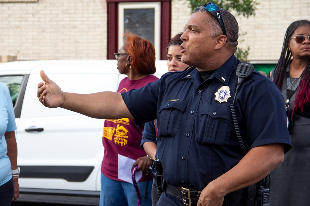 Denver police Lt. Glenn West speaks during a community meeting in Montbello. Sept. 18, 2019. (Esteban L. Hernandez/Denverite)