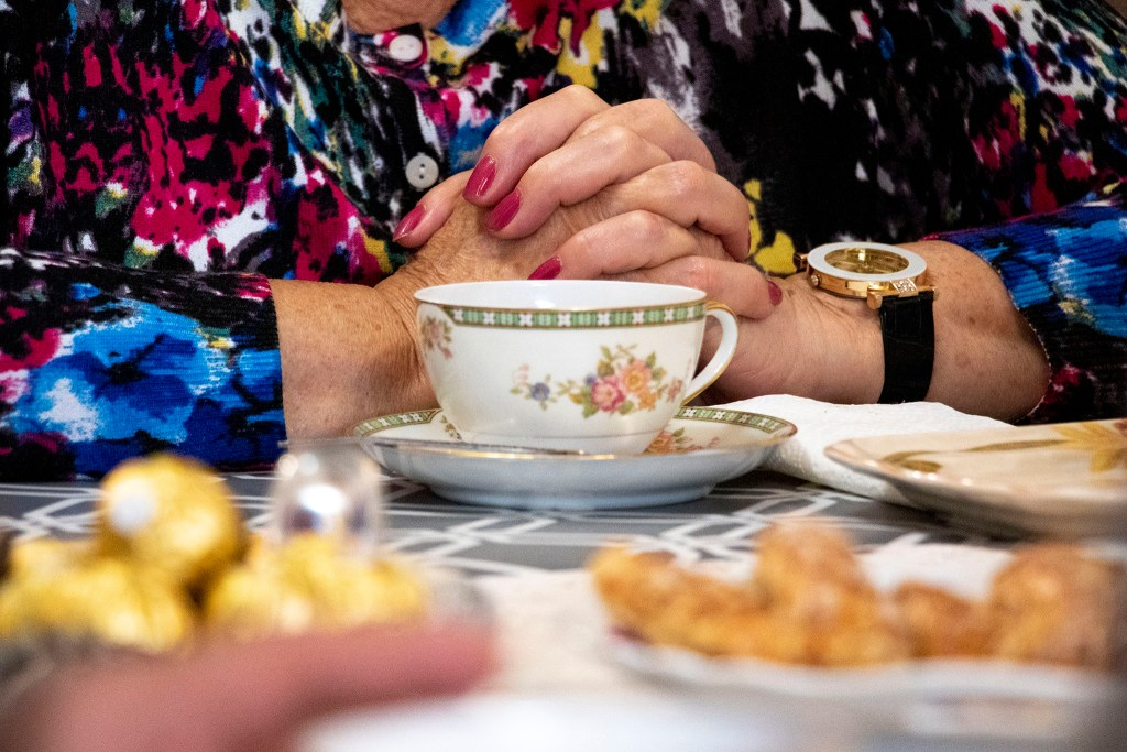 Tea time at Simon Kaganov and Alla Sheherbi's home at Windsor Gardens, Nov. 16, 2019. (Kevin J. Beaty/Denverite)
