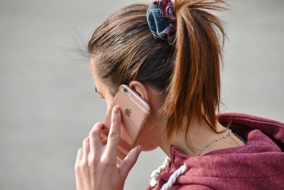 Número de teléfono del IRS federal