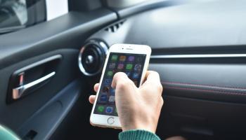 Conductores de Uber y pasajeros podrán comunicarse con llamadas a través de la propia app