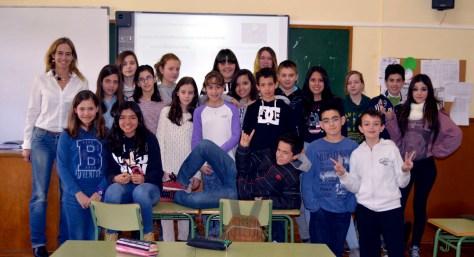 Elena Izuel con el grupo de 1º ESO A.