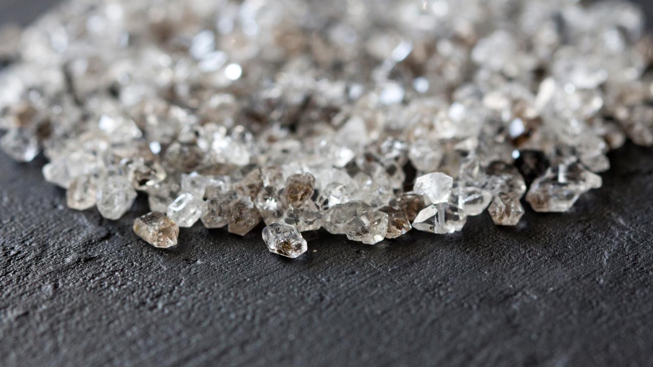 "SEC targets yet another ICO: a diamond-backed ""ponzi scheme"" Argyle Coin"