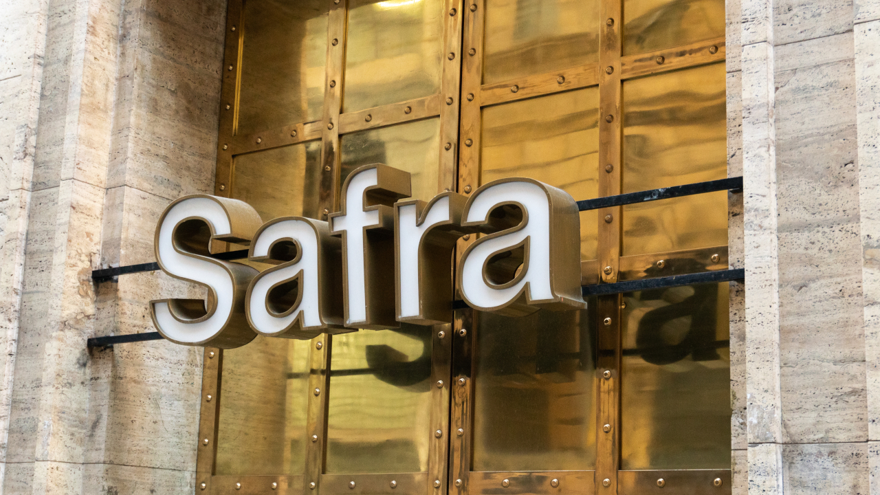 Crypto traders get access to FDIC-insured accounts through Safra Bank