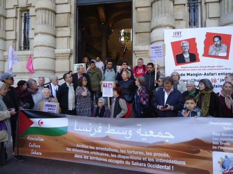 Depart de la Marche Solidaire - Mairie d'Ivry