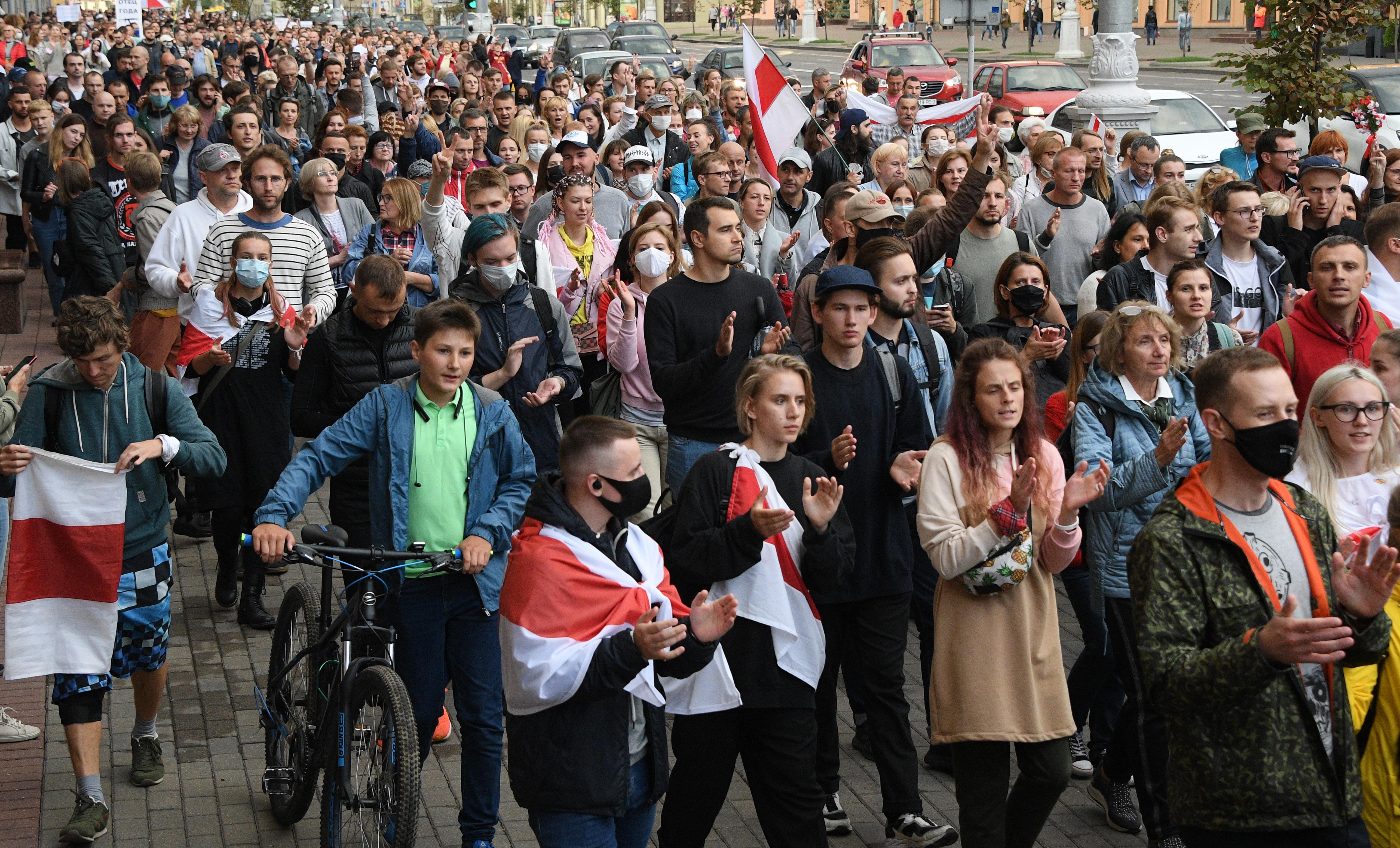 La Biélorussie au bord de la guerre civile ?