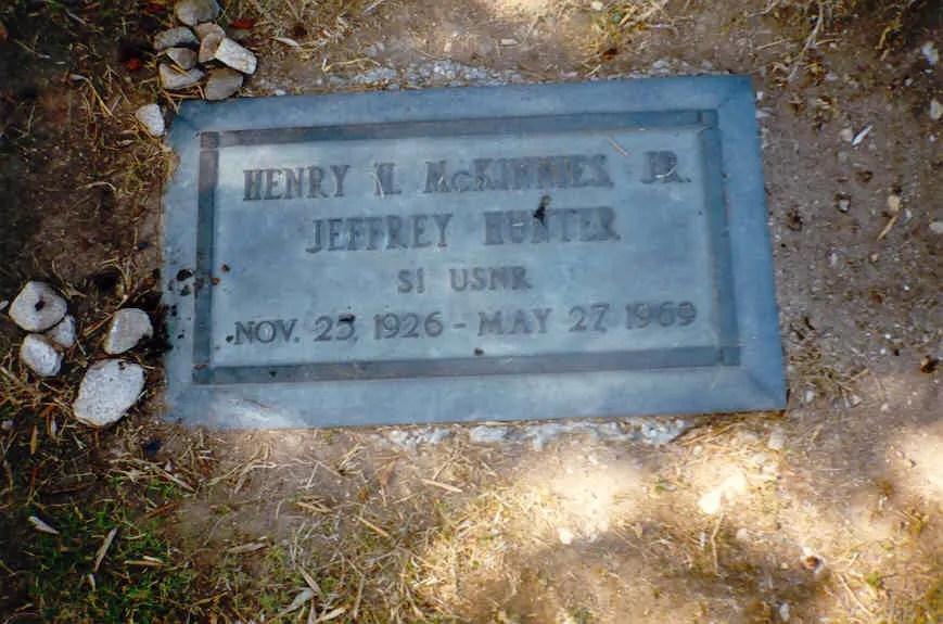 Gravesite A Tribute To Jeffrey Hunter