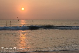 The end of a beautiful day, on one of Tainan's beaches.