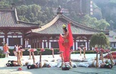 An ancient dance sees new life at Huaqing Palace, one of several important historical sites not far from the Terra-cotta army.