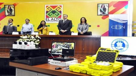 Entregan videocámaras de seguridad para todas las unidades educativas de El Alto