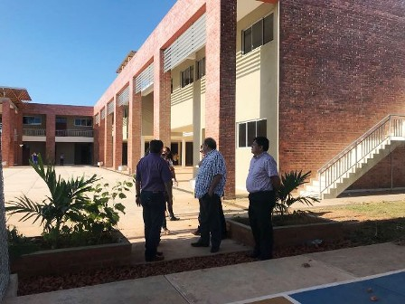 Beni: Ministro de Educación visitó moderno instituto a ser inaugurado en Riberalta