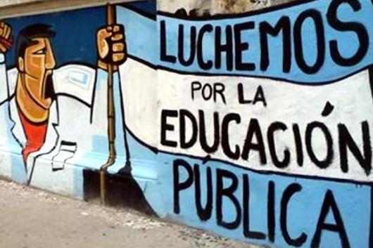 ¡Repudio al secuestro y tortura de maestra Argentina!