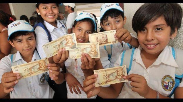 Gobierno destinará Bs 444 millones para pagar el Bono Juancito Pinto