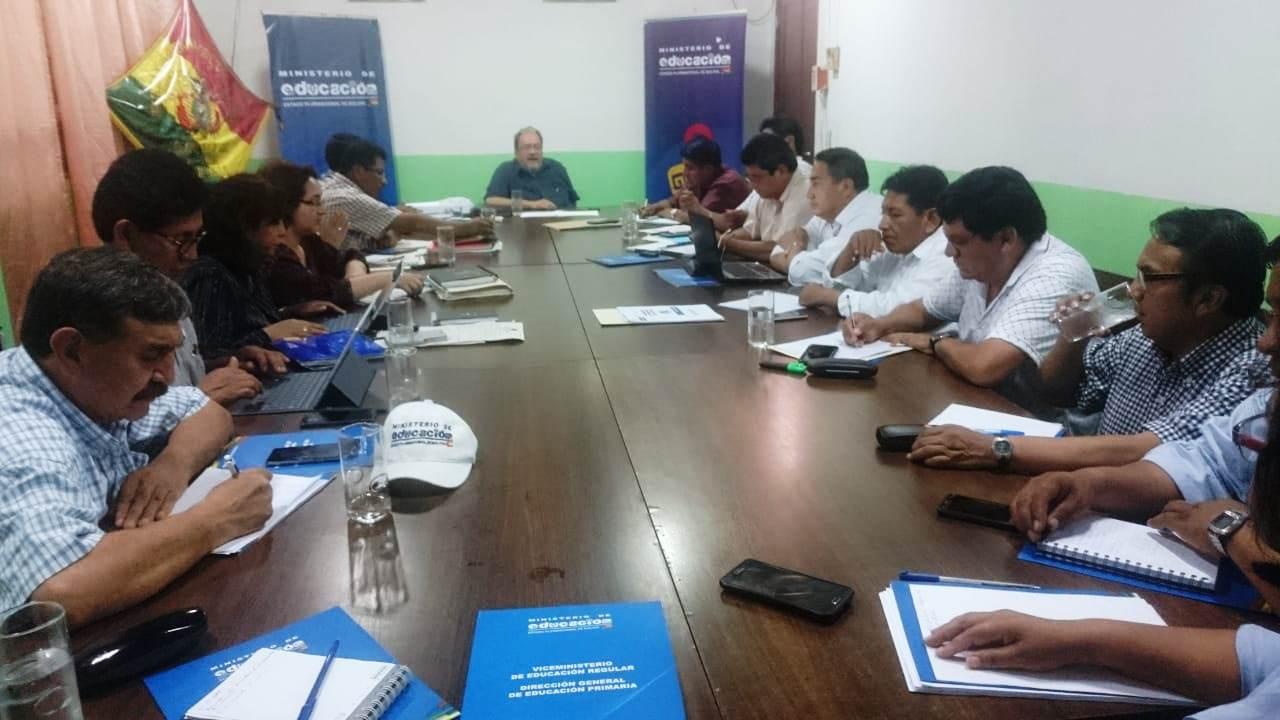 Ministro de Educación y Directores Departamentales evaluaron calendario escolar