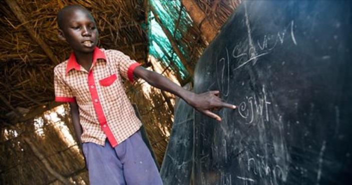 La educación para los refugiados merece una mayor prioridad en la ayuda, al igual que los datos sobre ella